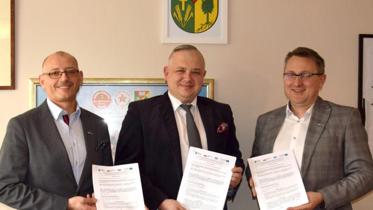 Umowa na budowę przedszkola publicznego w Lipcach Reymontowskich podpisana