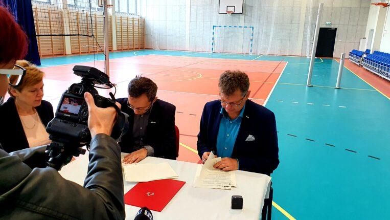 Oficjalne otwarcie Hali Sportowej przy Szkole Podstawowej w Bełdowie